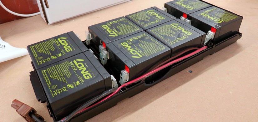 Замена аккумуляторов в источнике питания